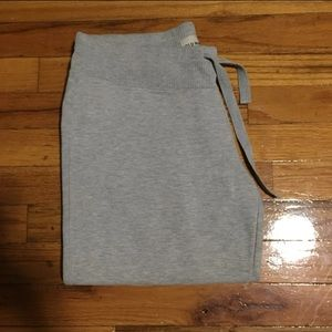 Old Navy Cropped Sweatpants